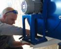 Sébastien lors d'une installation de 2 x moulins à farine PRO100 en Bourgogne