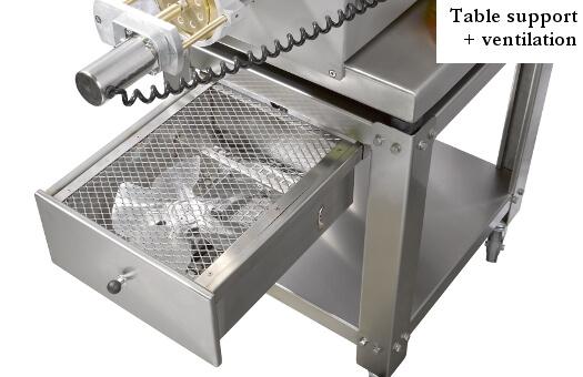 Machine-a-pâtes-avec-table-support-et-ventilation