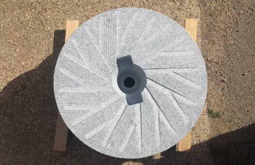 meule-granit-sidobre-moulin-farine